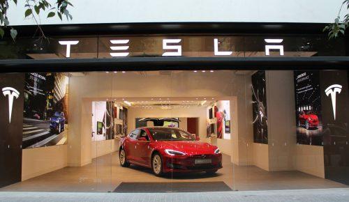 Tesla abre en Barcelona su primera tienda propia en España