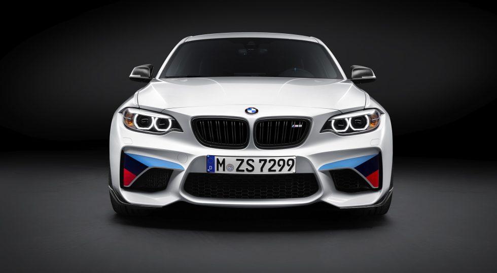 El M2 es todavía mejor con las M Performance Parts instaladas
