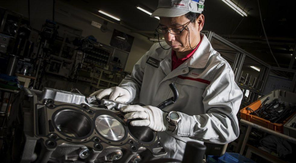 Nissan hace a mano cada motor de 570 CV del GT-R
