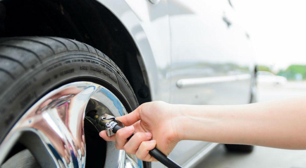 Inflado excesivo de neumáticos
