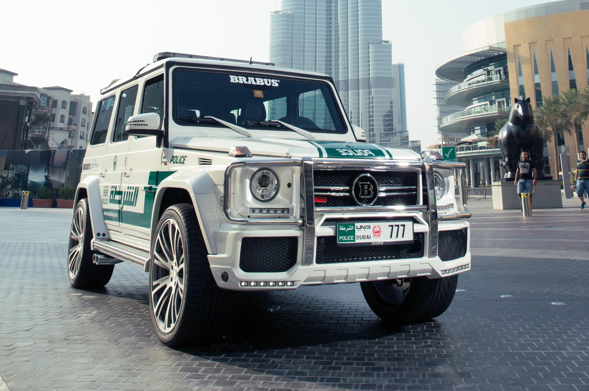 Resultado de imagen de autos lujosos policia Dubai