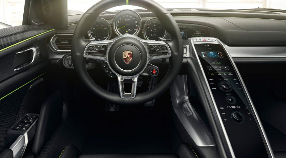 Porsche 918 Spyder salpicadero