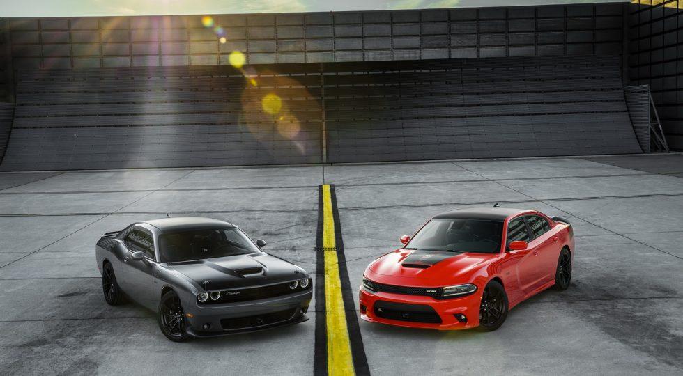 Dodge Challenger T/A y Dodge Charger Daytona