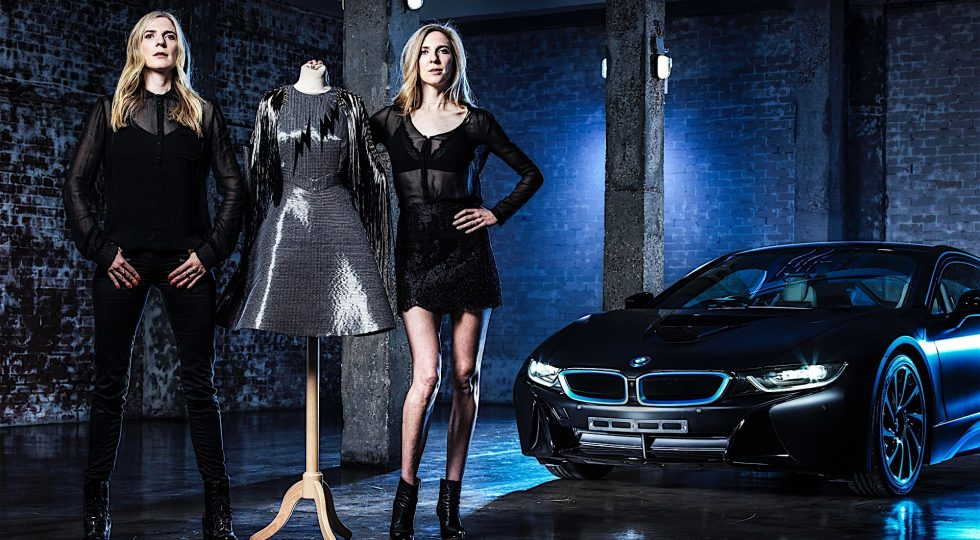 Vestido BMW de fibra de carbono