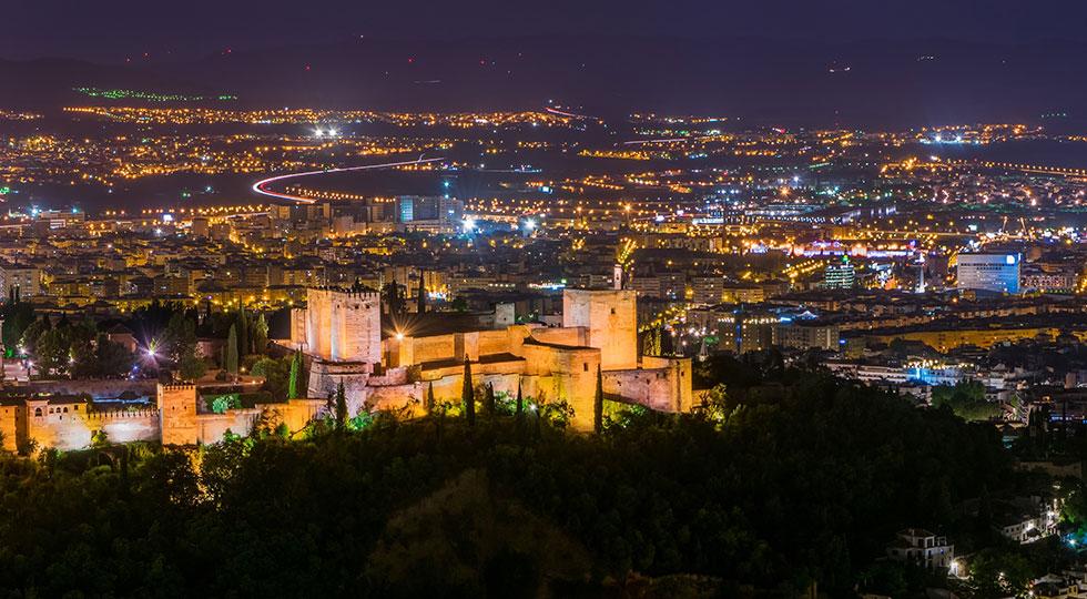 Los 10 mejores sitios de España para tomar las uvas desde el coche