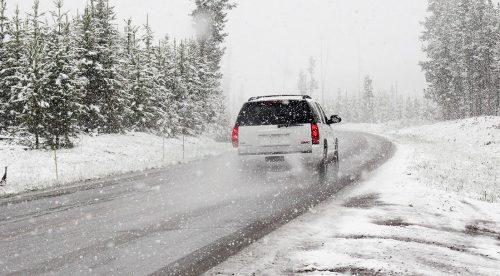 Frío, lluvia y nieve: ocho claves para conducir en pleno temporal