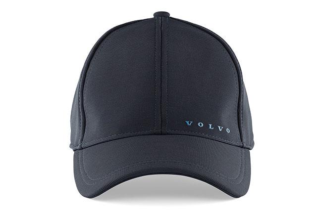 Con un discreto logo de Volvo en goma 574629bed1d
