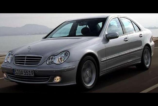 Comparativa el precio de los coches en 2002 y en 2017 for Mercedes benz 2017 precio