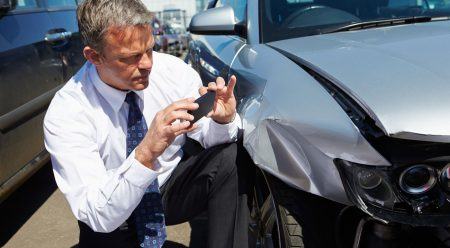 ¿Cada vez es más fácil engañar a las compañías de seguros de coche?