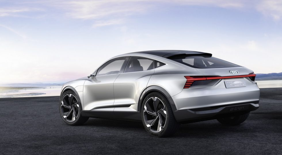 Audi tendrá listo su modelo 'anti-Tesla' en 2019