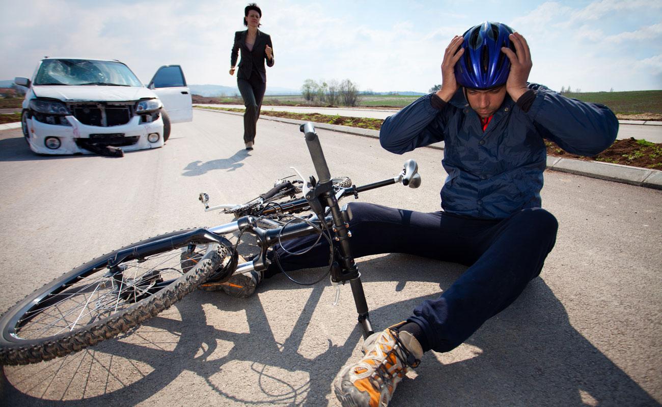 Por qué adelantar a un ciclista puede costarte 200 euros