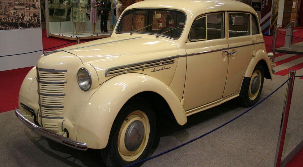 La increíble historia del coche que 'diseñó' Stalin (con ayuda de Hitler)