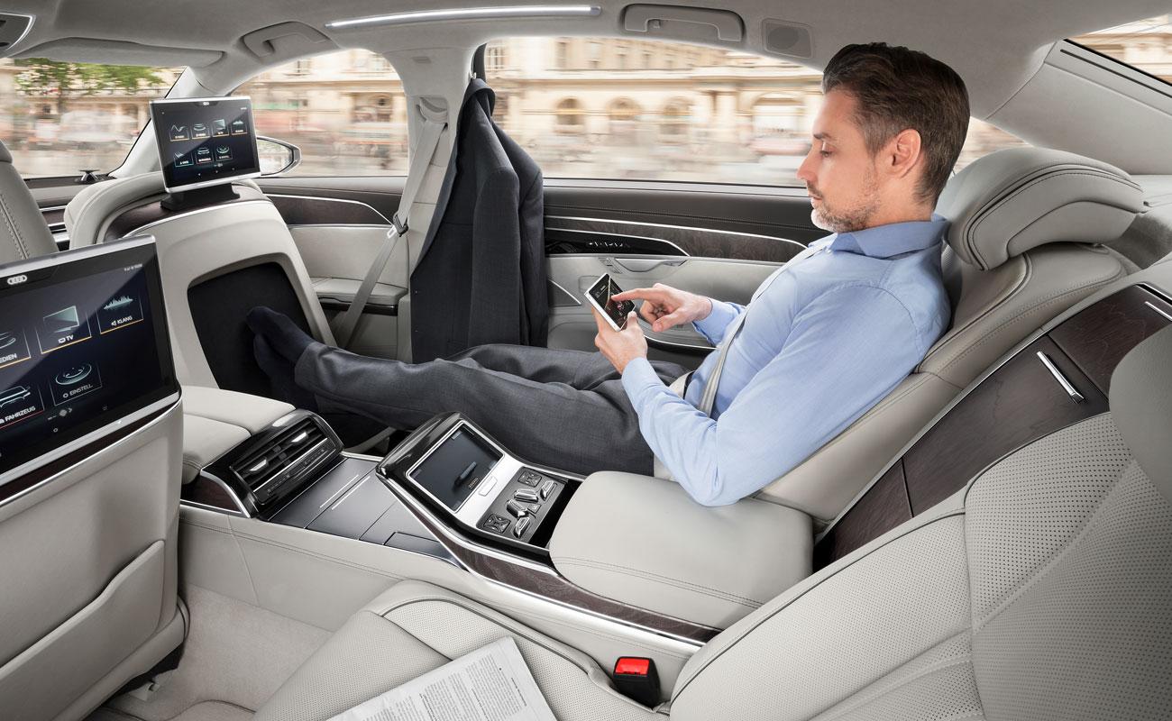 Así funcionan todos los 'gadgets' tecnológicos del Audi A8