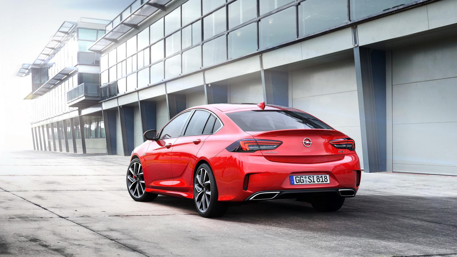 Opel Insignia GSi: 260 CV para recuperar el espíritu deportivo de siempre