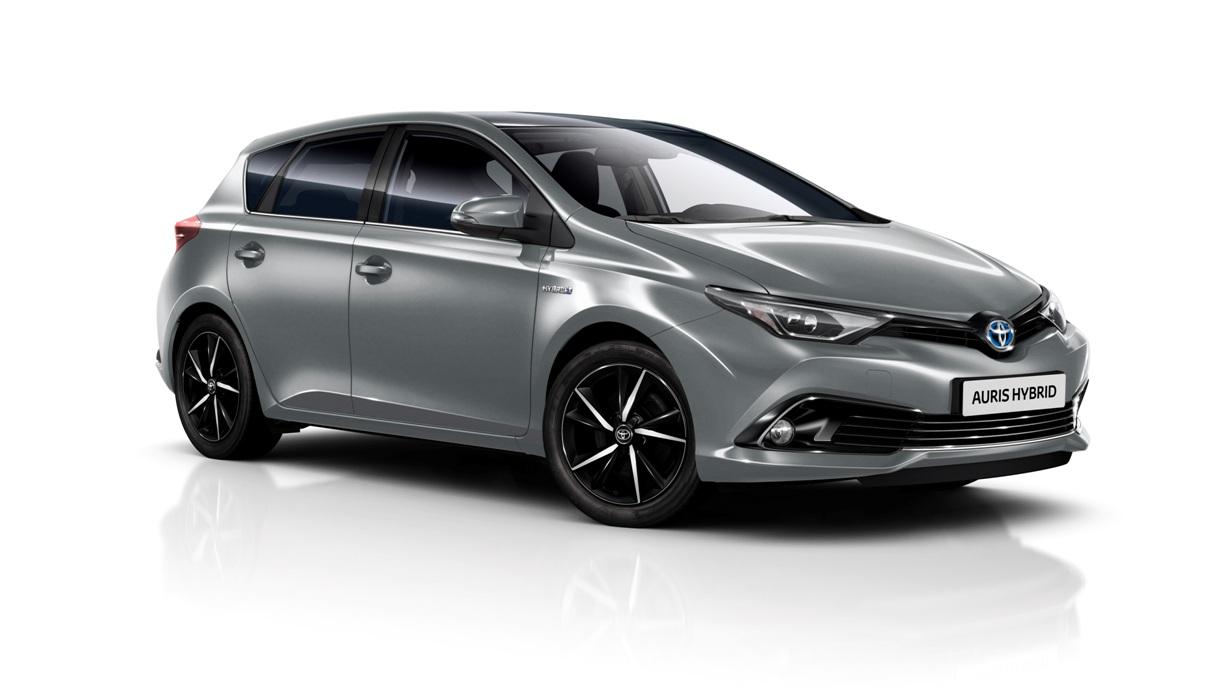 Toyota Auris 2018 (desde 16.450 euros) estrena un nuevo acabado para el motor híbrido
