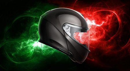 AGV lanza el primer casco modular íntegramente de carbono