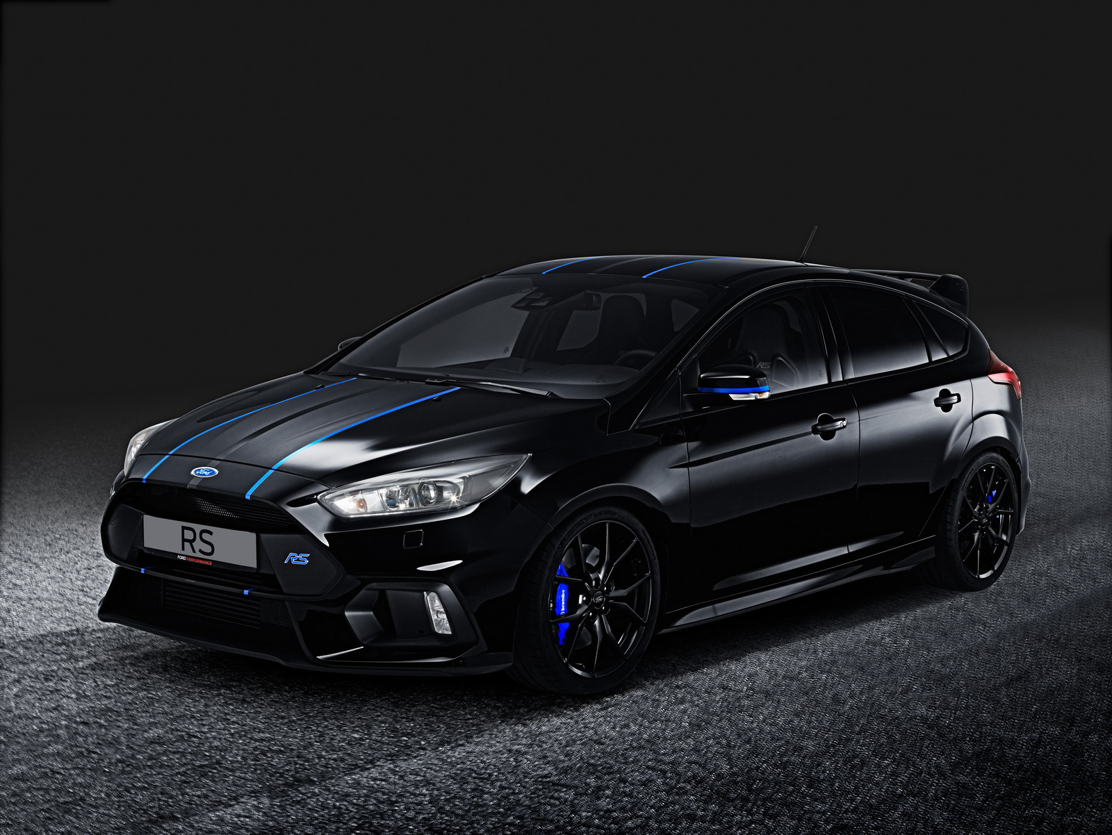 Ford Performance mejora los Focus ST, RS y Mustang