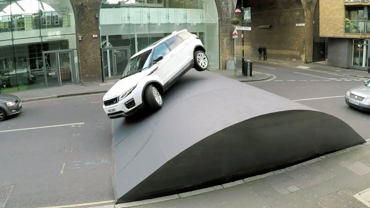 El Range Rover Evoque supera el badén más grande del mundo