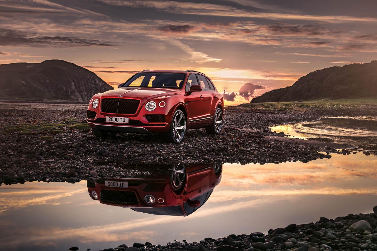 Bentley Bentayga V8: versión 'de acceso' con 550 CV