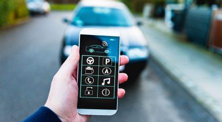 Un botón del pánico en el móvil: 22 'apps' para conducir mejor