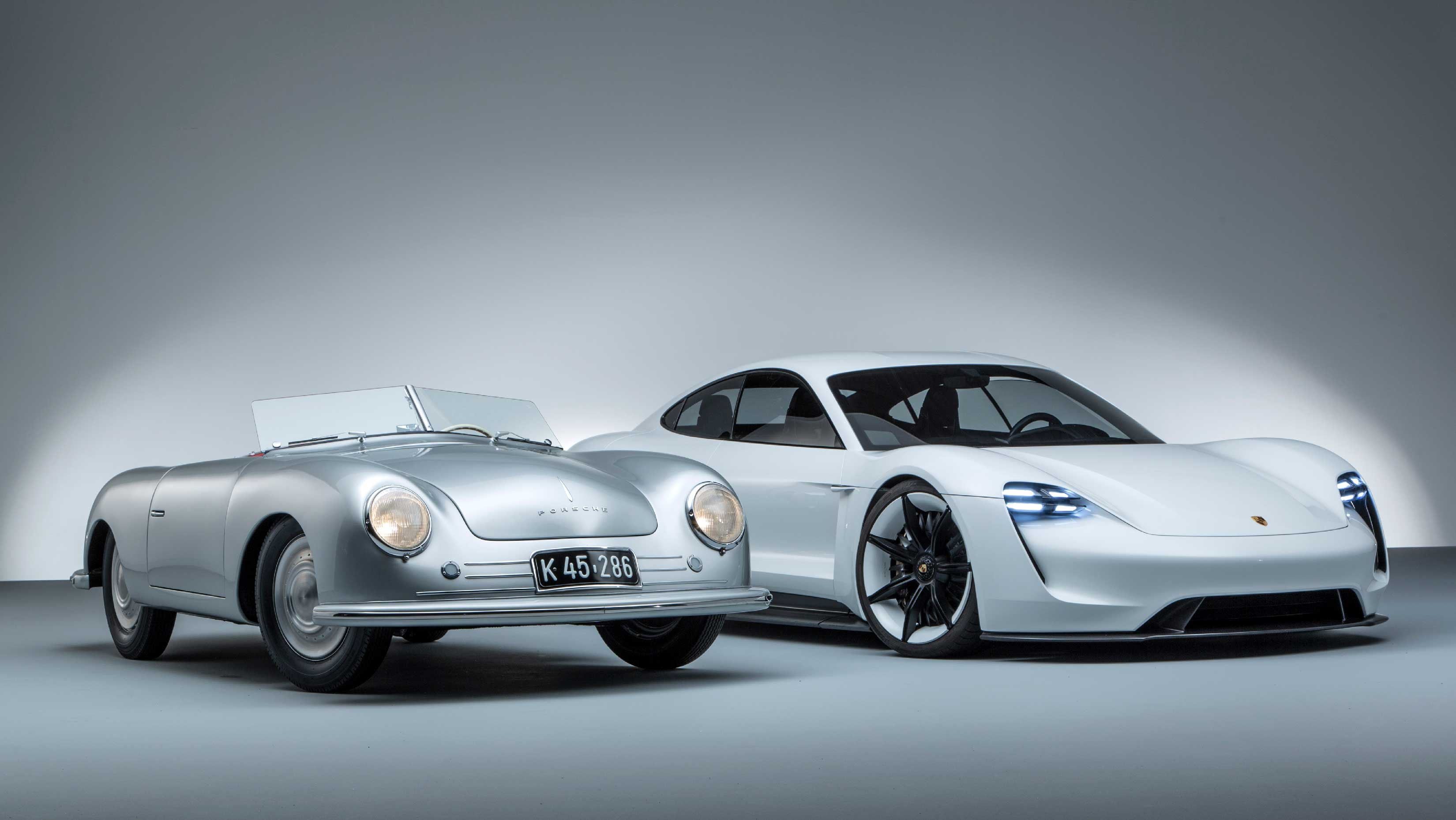 70 años de Porsche: del 356 Roadster al Mission E