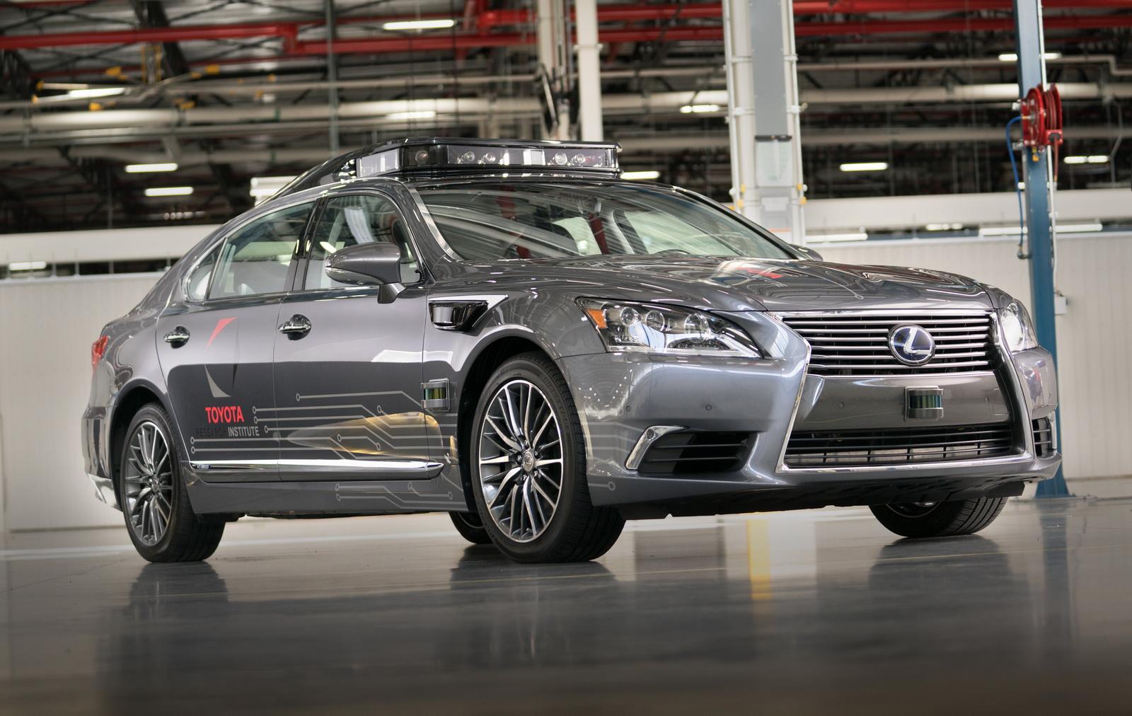 Coche autonomo Toyota
