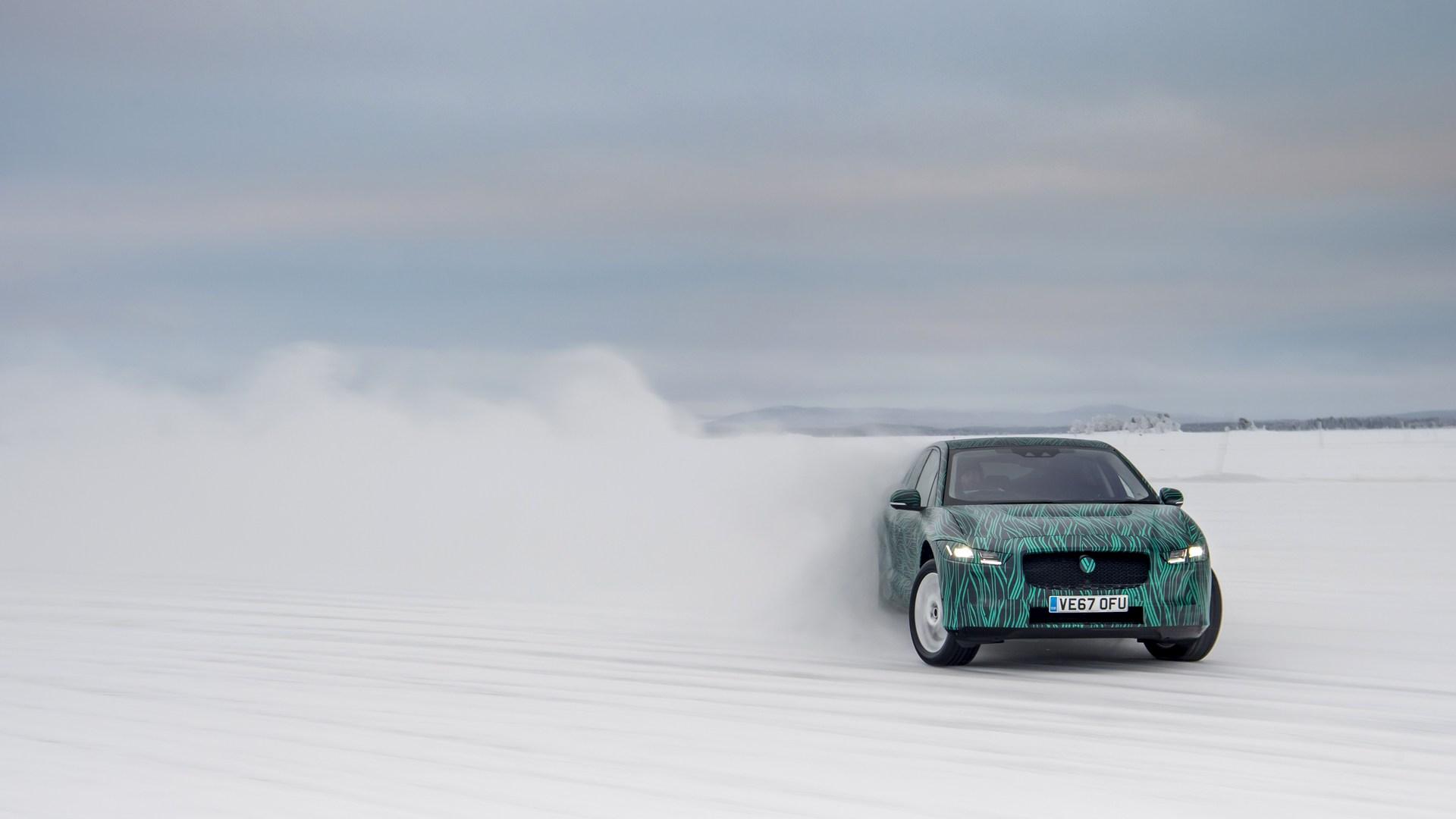 Jaguar I-PACE: 80% de recarga en 45 minutos