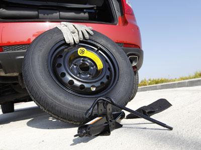"""Nissan Nota Ahorro De Espacio Rueda de Repuesto 16/"""" y Kit de herramientas"""