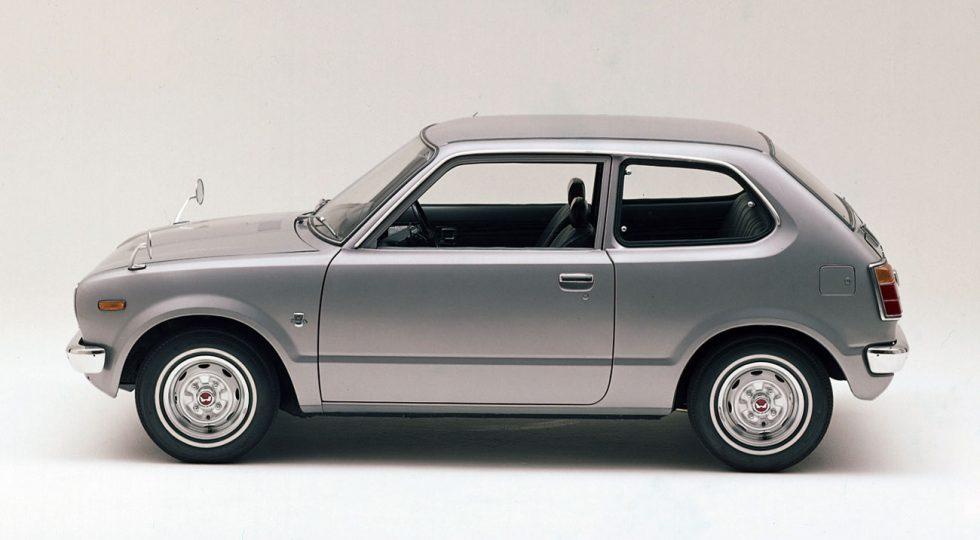Así pasa el tiempo: la increíble transformación de 15 coches históricos