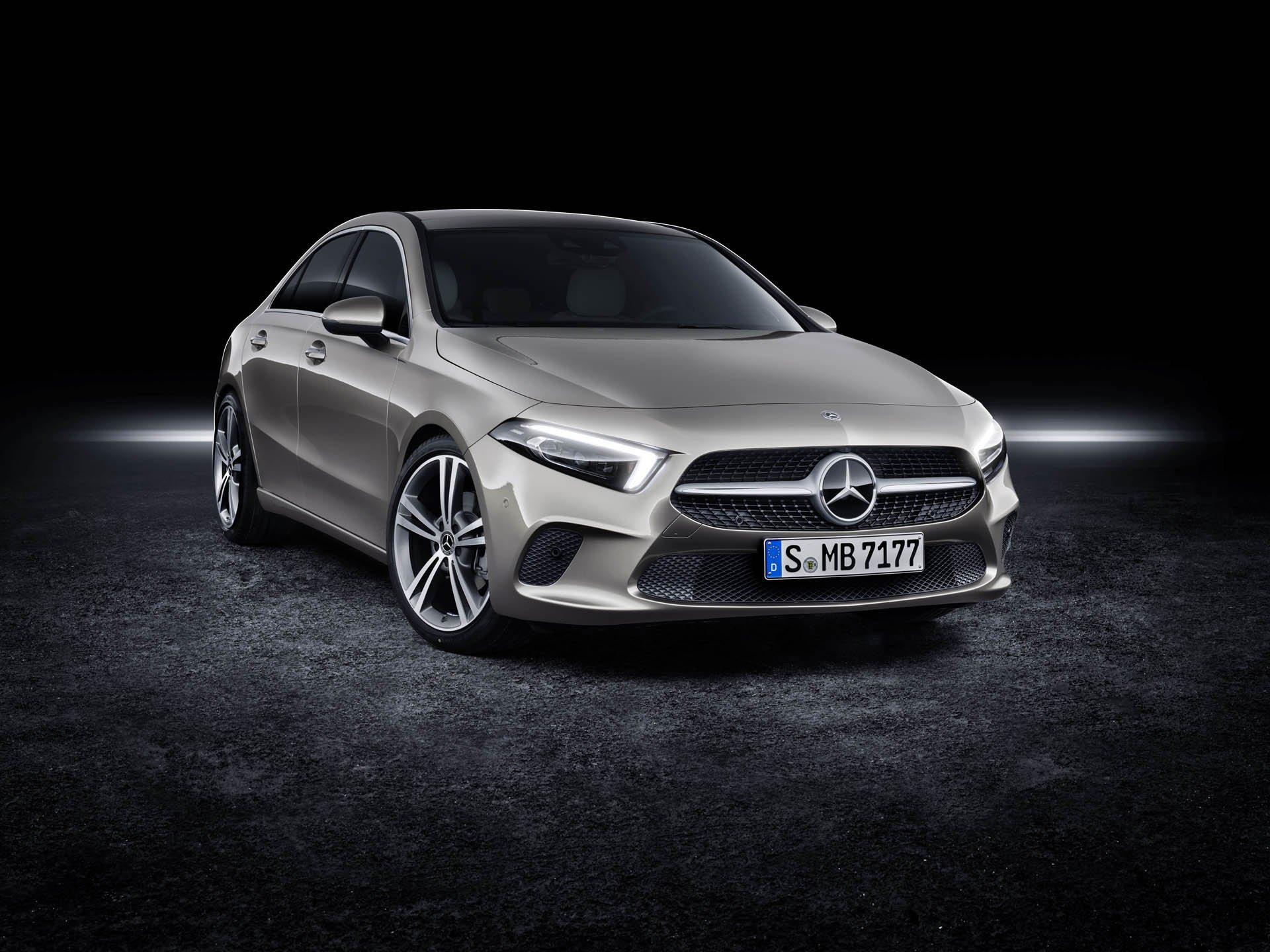 Las imágenes del Mercedes Clase A sedán