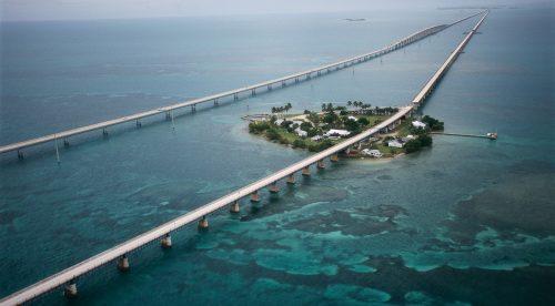 Las 10 carreteras más alucinantes para conducir en vacaciones