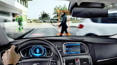 Cómo funcionan los coches que frenan solos y evitan accidentes