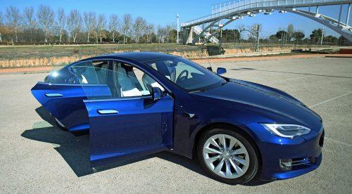 Tesla Model S, una nueva dimensión de la berlina de lujo