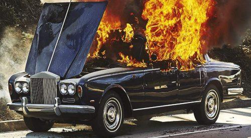 8 discos con coches: casualidades, farsas e historias increíbles…