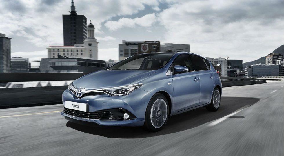 Toyota Auris Hybrid: 23.340 euros