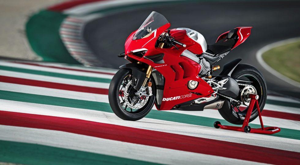 Ducati Panigale V4 - moto de carreras