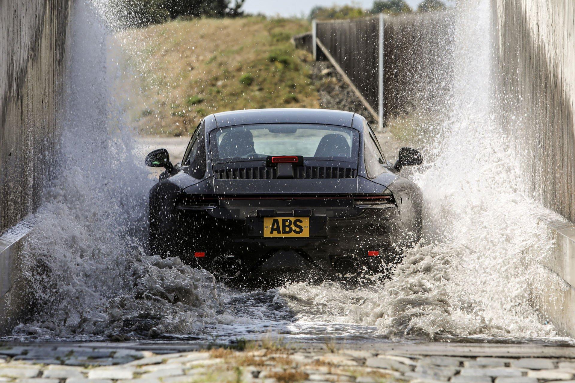 Las imágenes del exigente desarrollo del nuevo Porsche 911