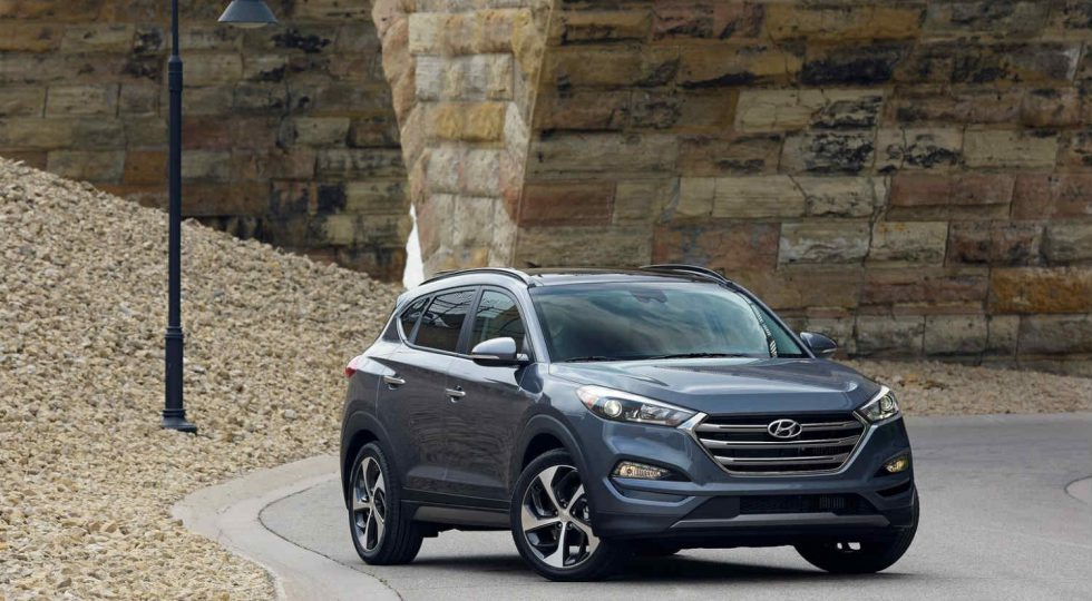 Hyundai Tucson gasolina: 24.215 euros