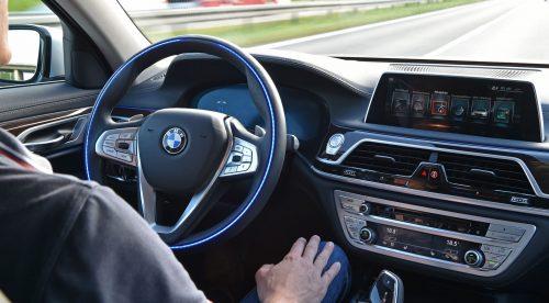 Por qué la conducción autónoma queda aún muy lejos