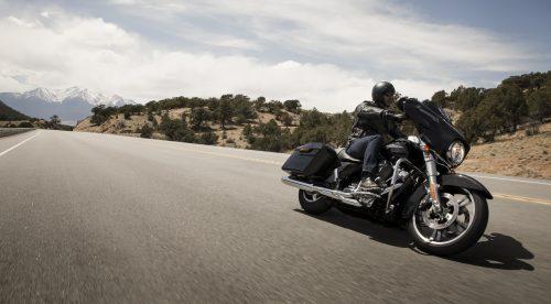 14 medidas que estudia la DGT para reducir los accidentes de moto