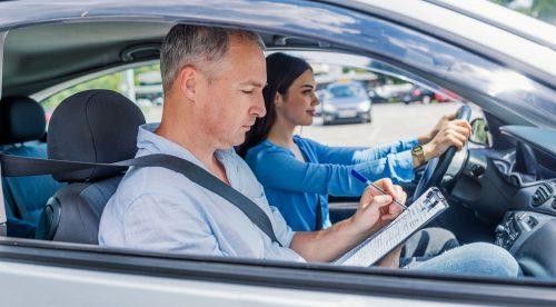 Sacarse el carnet de conducir será más difícil (y más caro) en 2019