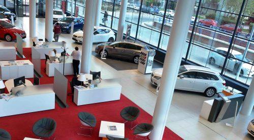 19 curiosidades sobre la venta de coches en España