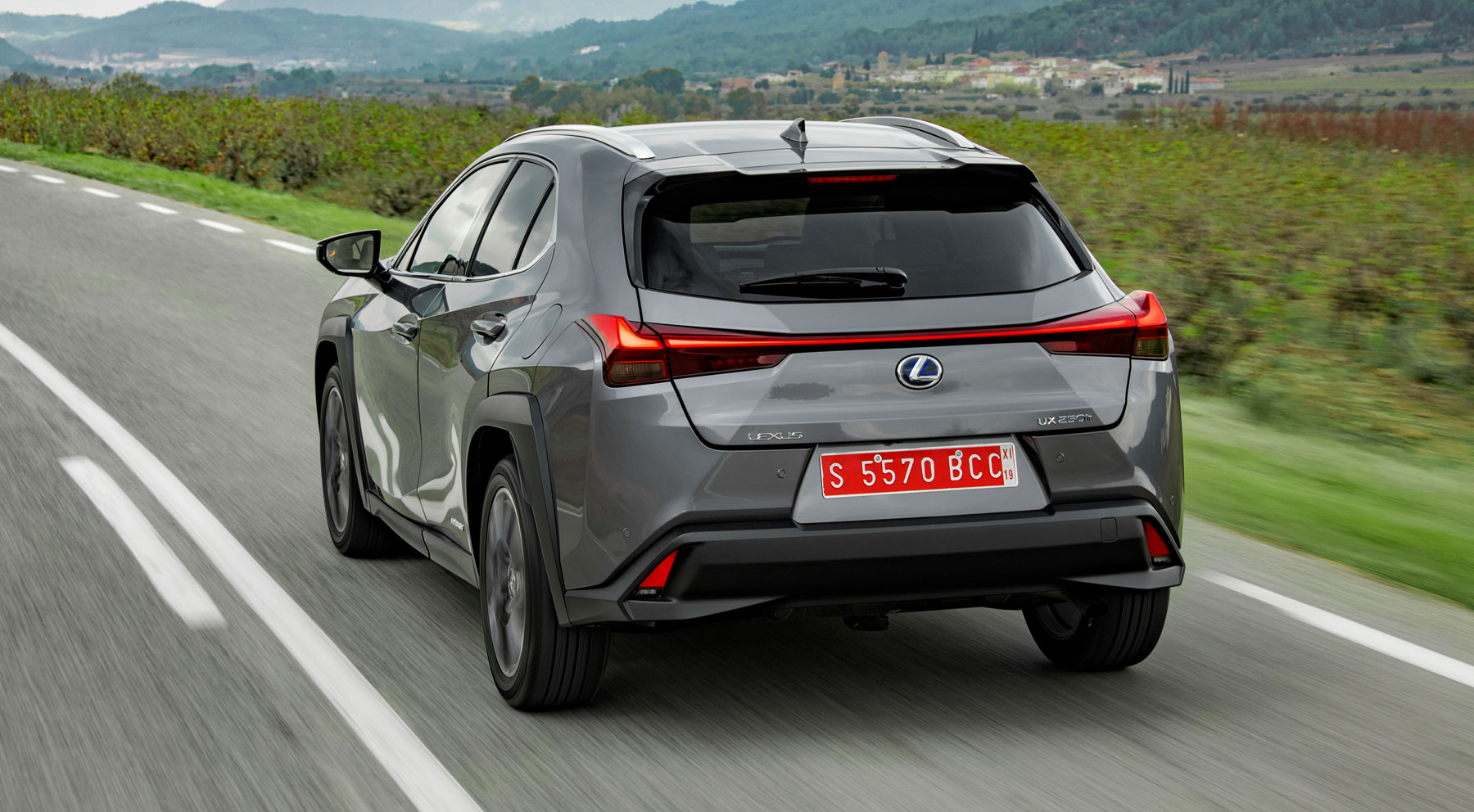 La delicada elegancia del Lexus UX