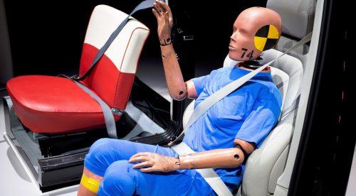 Volvo considera que la seguridad de los coches es sexista