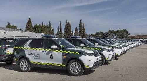 La DGT apuesta por el diésel y compra 85 unidades del Land Rover Discovery