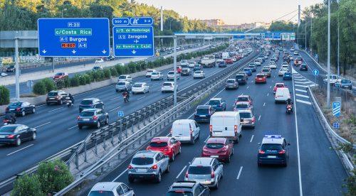 Las emisiones de CO2 de los coches vuelven a subir