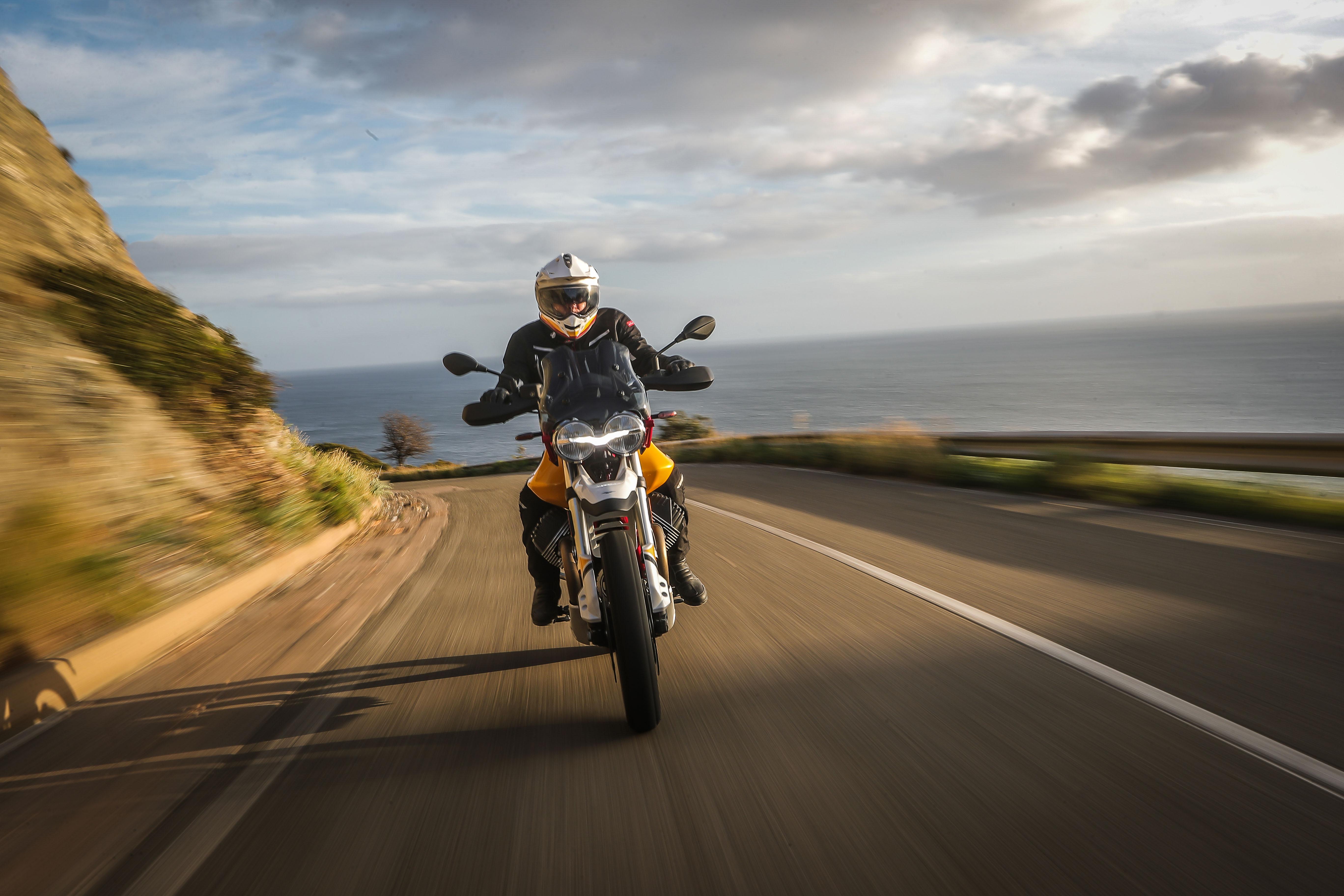 La Moto Guzzi V85 TT, al detalle