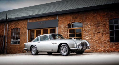 Sale a subasta el Aston Martin DB5 de 007 con metralletas funcionales
