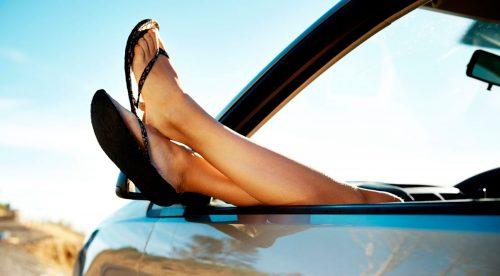 ¿Te multan por conducir con chanclas? La Guardia Civil reabre la polémica