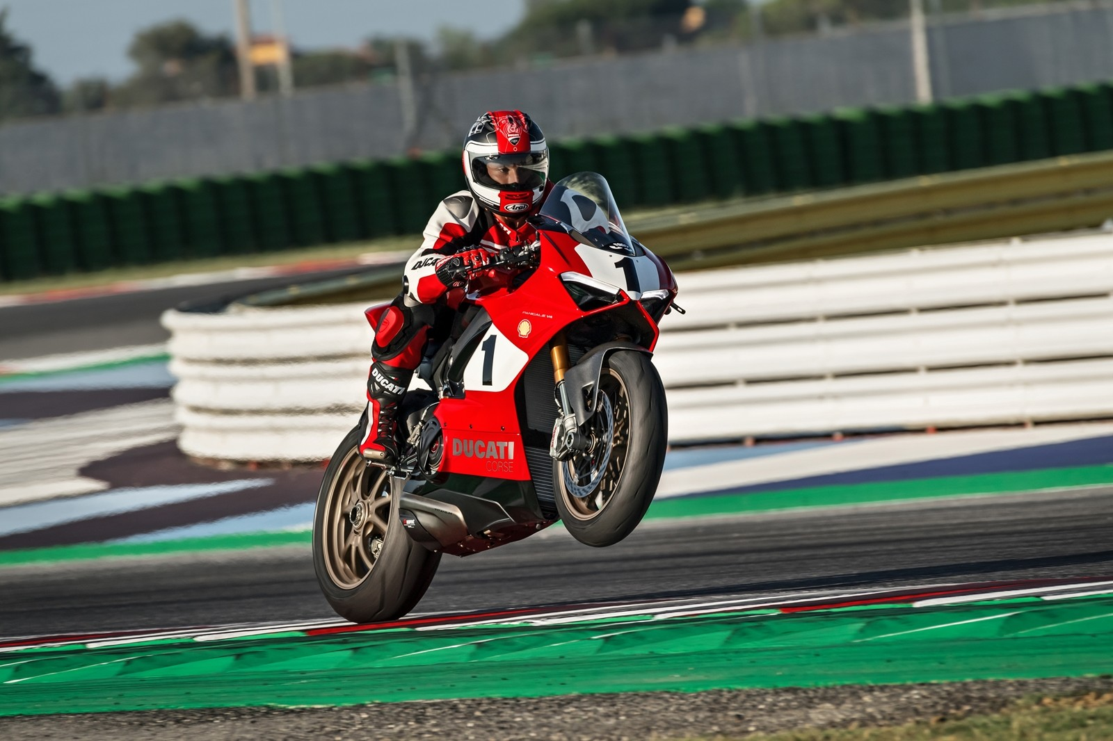 Ducati Panigale V4 25 Aniversario 916